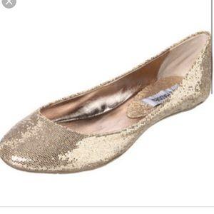 Steve Madden silver shiny heaven ballerina flats!